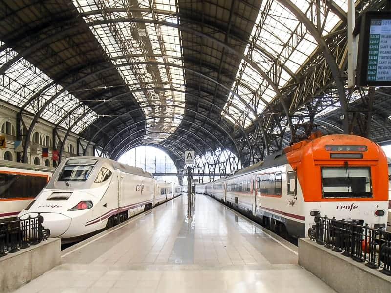 De Francia Station in Barcelona, Spain