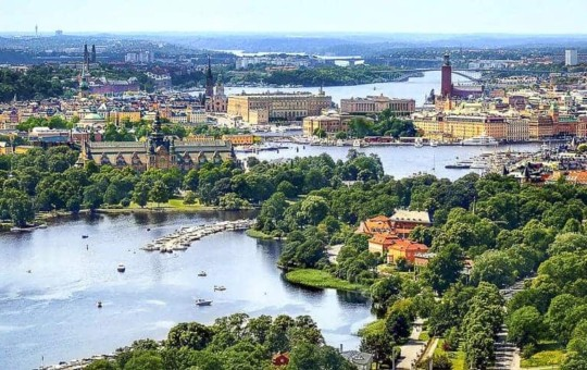 Islands covered by Greens in Stockholm, Sweden